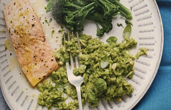 Grilled Salmon With Mashed Beans and Pesto