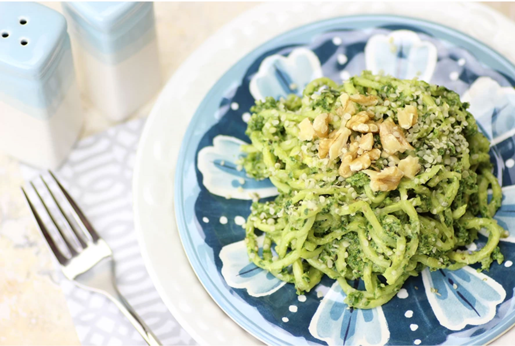 Zucchini Noodles with Spinach Pesto